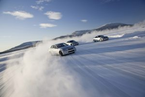 Mercedes-Benz Canada Offers Winter Driving Academy In 2011