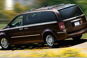 Chrysler Town & Country Outsells All Vans In The US
